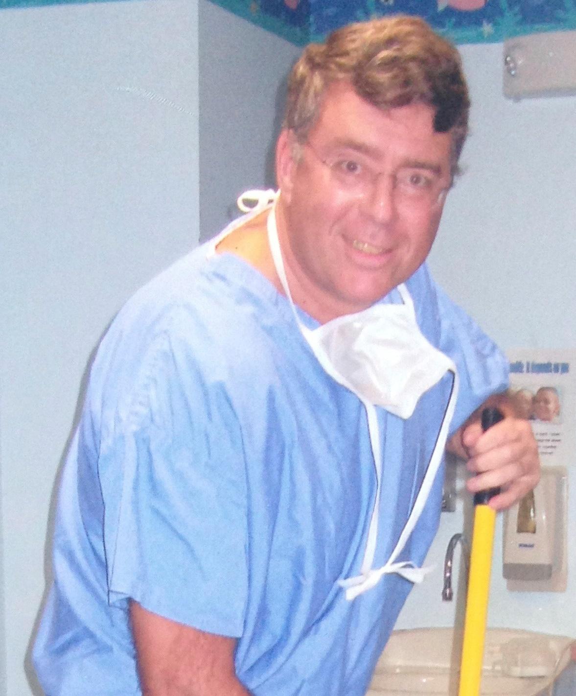 Dr Robert Keating (USA)